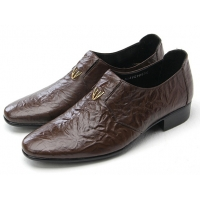 Mens v stud geometric pattern wrinkles cow leather urethane sole loafers dress shoes brown US 5.5 - 10