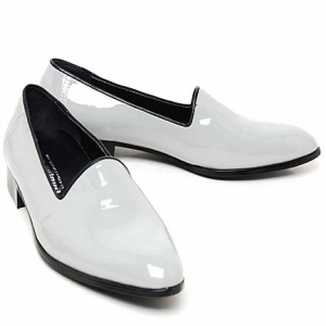 http://what-is-fashion.com/222-1696-thickbox/men-s-glossy-gray-plain-toe-black-border-point-loafers-made-in-korea-us-55-105.jpg
