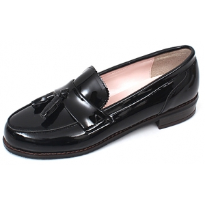 http://what-is-fashion.com/2960-22964-thickbox/womens-black-glossy-tassel-loafers-comfortable-fashion-low-heel-ladies-shoes.jpg