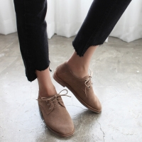 Women's lovely round toe black suede inner fur lace ups shoes