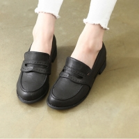 Womens classic u line stitch penny loafers black