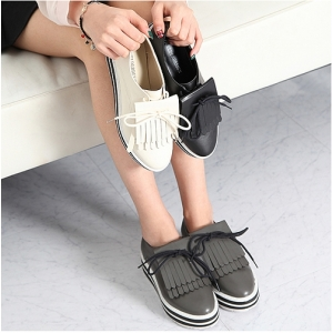 http://what-is-fashion.com/4335-33744-thickbox/women-s-contrast-color-platform-tassel-loafers-black-gray-ivory.jpg
