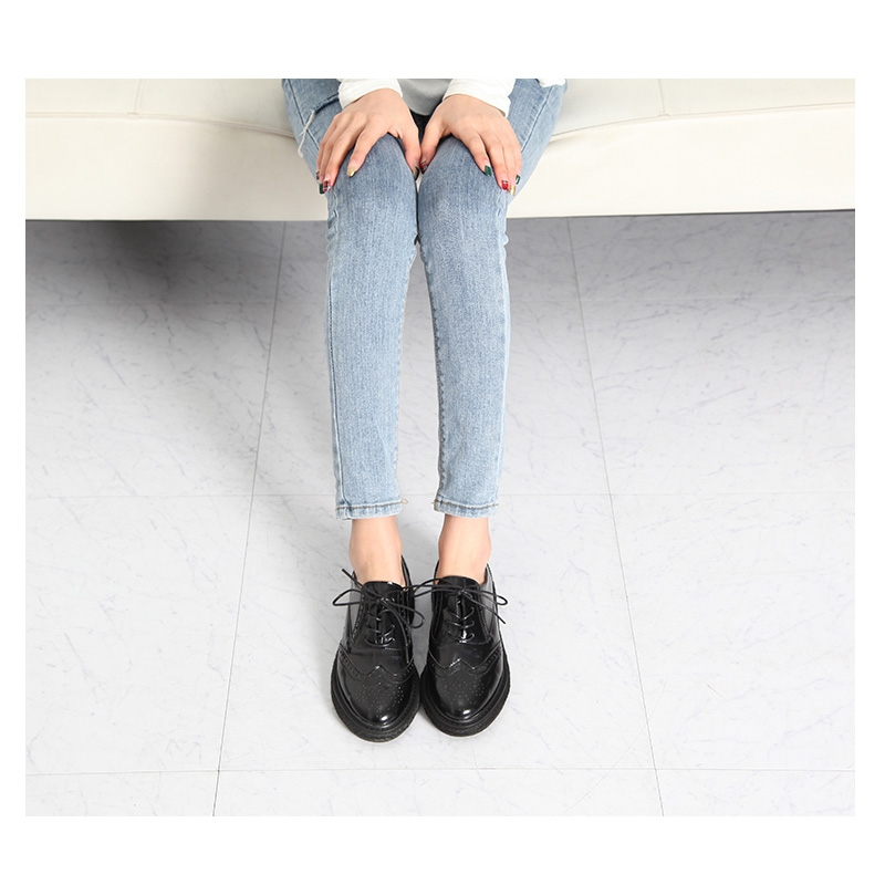 e2b428fecbc Women s synthetic leather round toe wing tip lace up oxfords espadrille  flats black