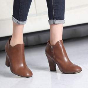 http://what-is-fashion.com/4618-36399-thickbox/women-s-seila-wide-chunky-high-heels-ankle-boots.jpg
