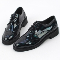 Women's pointed toe front bling glitter jewel studded pendant patched low heels loafers black green