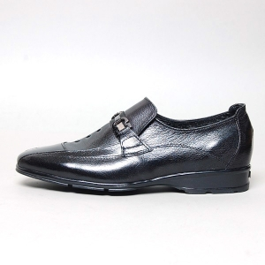 http://what-is-fashion.com/4877-38534-thickbox/men-s-black-sheep-skin-horse-bit-embellished-loafers.jpg