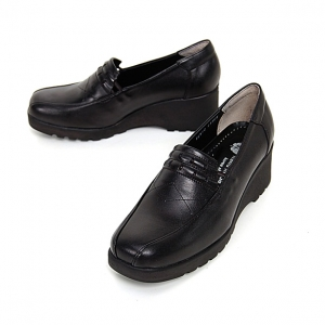http://what-is-fashion.com/4884-38568-thickbox/women-s-square-toe-black-cow-leather-med-wedge-heels-loafers.jpg