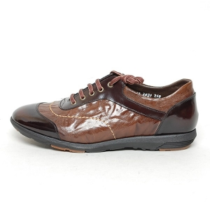 http://what-is-fashion.com/5125-40097-thickbox/men-s-wrinkle-two-tone-leather-eyelet-lace-up-shoes.jpg