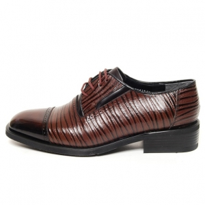 http://what-is-fashion.com/5161-40248-thickbox/men-s-square-toe-brogue-leather-two-tone-wrinkle-lace-up-oxford-shoes.jpg
