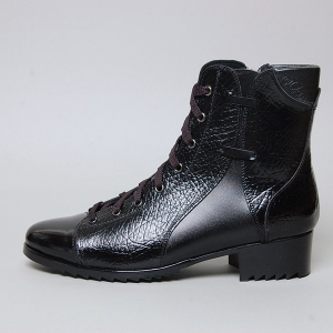 http://what-is-fashion.com/5234-40578-thickbox/men-s-cap-toe-wrinkle-leather-eyelet-lace-up-side-zip-back-tap-ankle-boots.jpg