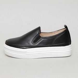 http://what-is-fashion.com/5413-41687-thickbox/women-s-apron-toe-stitch-white-thick-platform-elastic-band-synthetic-leather-back-tap-sneakers-shoes.jpg