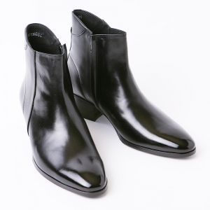 http://what-is-fashion.com/5644-43894-thickbox/black-leather-ankle-boots.jpg