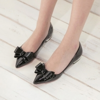 Glossy Black Ribbon Pointy Toe Loafers Low Heel Shoes Pumps