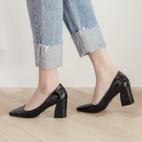 Pointed Toe Glossy Black Chunky Med Heel Pumps