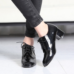 http://what-is-fashion.com/5866-45361-thickbox/women-s-glossy-black-square-toe-comfy-chunky-block-med-heel-open-lacing-oxford-shoes.jpg
