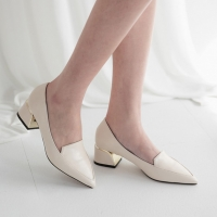 Women's White Pointed Toe Comfort Chunky Heel Loafer Shoes