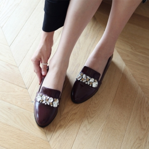 http://what-is-fashion.com/5880-45466-thickbox/women-s-wine-jewel-decoration-low-heel-loafer-shoes.jpg
