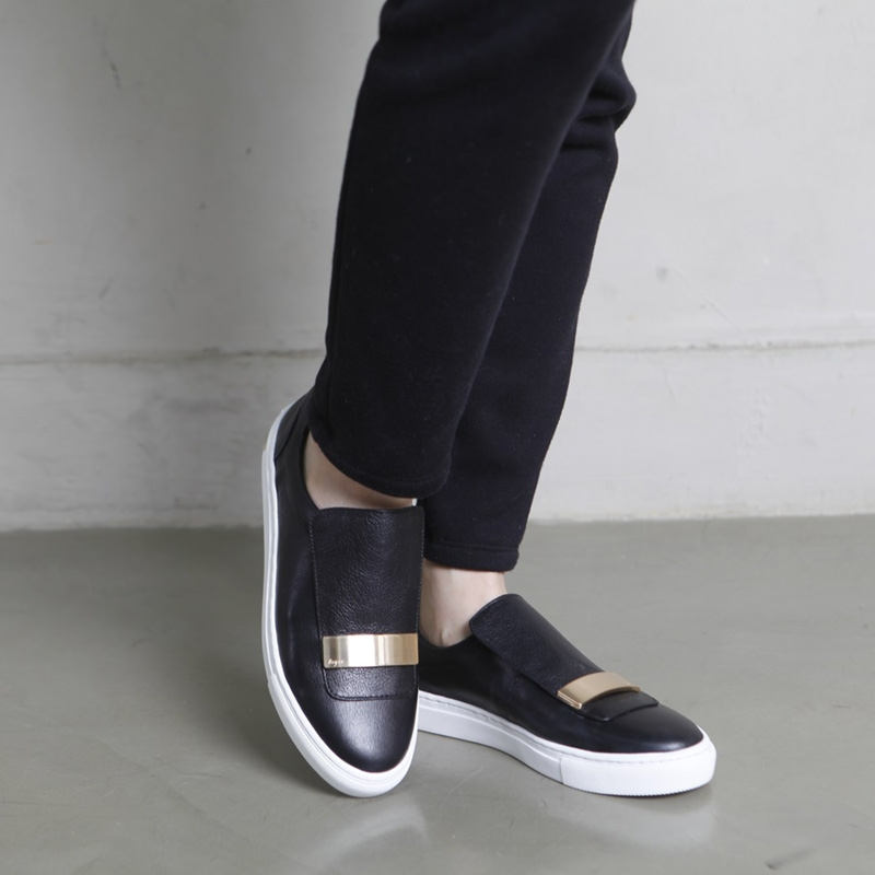Women S Round Toe Black Leather Gold Stud Loafers Shoes