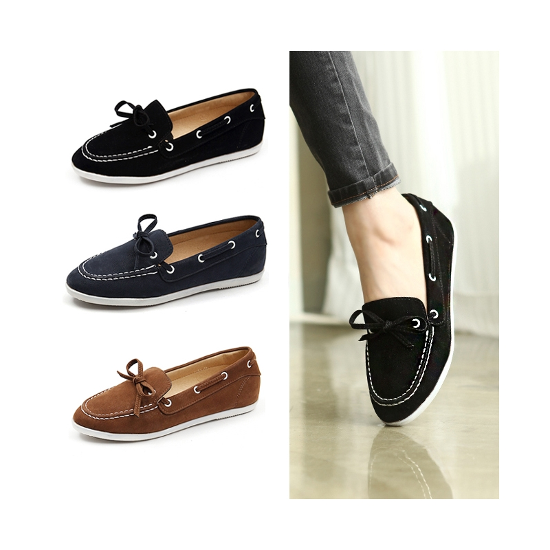Womens classic style boat shoes