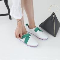 Women's leather cross ribbon belcro sneakers green