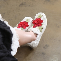 Women's round toe pop up stitch rose patched fashion sneakers slip on white
