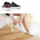 Women's white platform punching synthetic leather elastic band back bee embroider sneakers