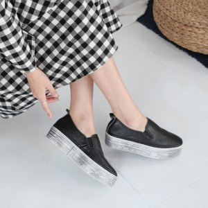 black leather thick platform sneakers