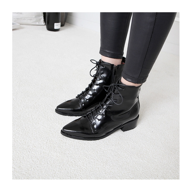 09886f58c42 Women s Flat Pointed Toe Low Heel Ankle Boots