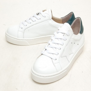 Women's Round Toe Star Patched Lace Up