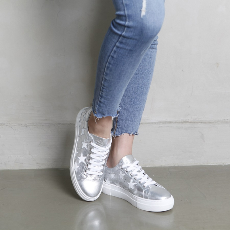 Women's Star Glitter Silver Leather Low Top Fashion