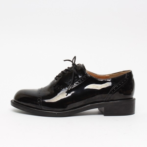 Straight Tip Brogue Oxfords\ufeff Dress Shoes
